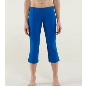 Lululemon // 'Gather and Crow' Crop Pant in Blue
